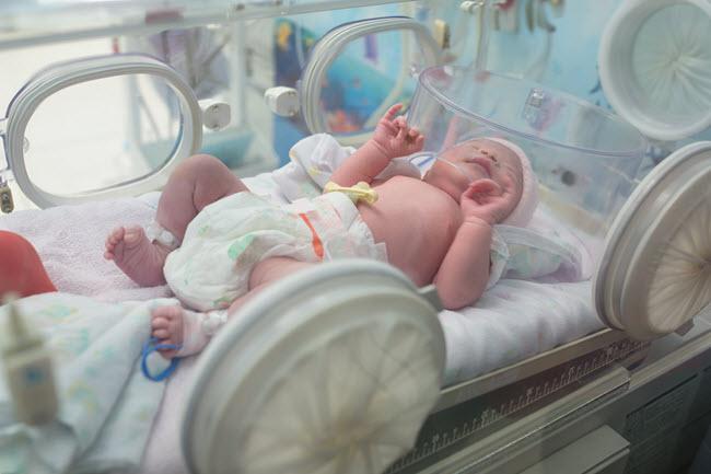 Online Neonatal Nursing Degrees: Provide Care for Medically ...